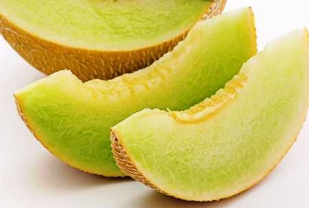 Melon-honeydew_melon_slices